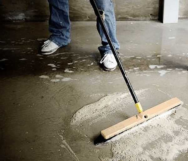 Easy Cleaning of Concrete Look Tiles