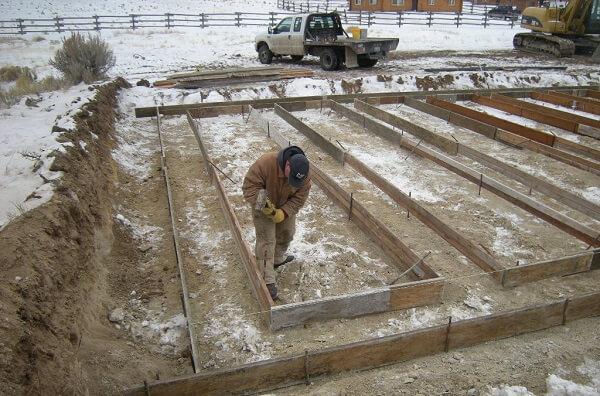 concrete pouring on frozen ground