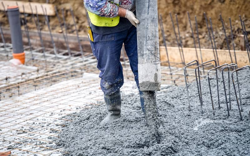 How To Pour Concrete On Uneven Ground